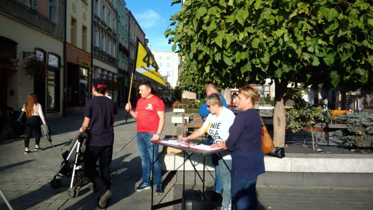 Roty w całej Polsce już zbierają podpisy pod STOP 447! Pomóż nam w walce z roszczeniami
