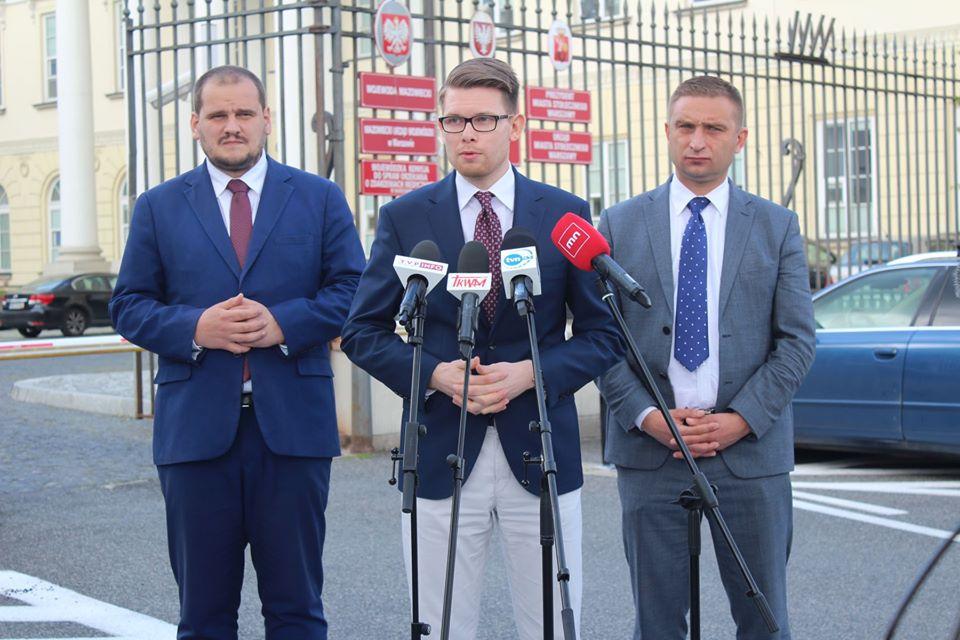 Zawiadomienie ws. popełnienia przestępstwa przez Rafała Trzaskowskiego