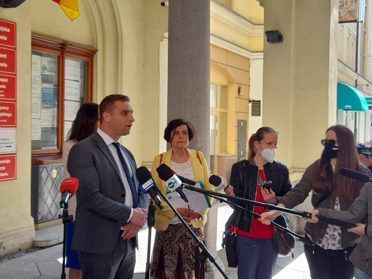 Sprzeciw wobec przyznania Strajkowi Kobiet Nagrody Wrocławia